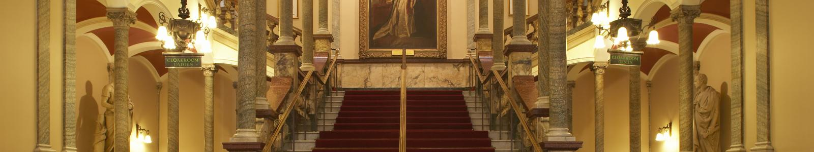 Hull City Hall main staircase.jpg