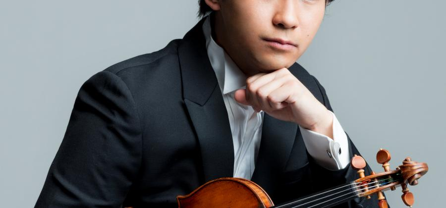 Fumiaki Miura with a violin